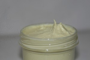 homemade facial moisturizer with coconut oil